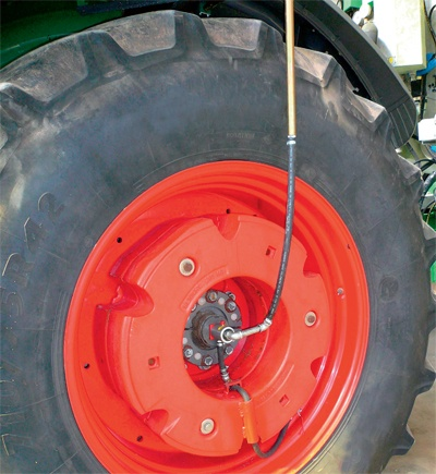 regulación de la presión del neumático agrícola